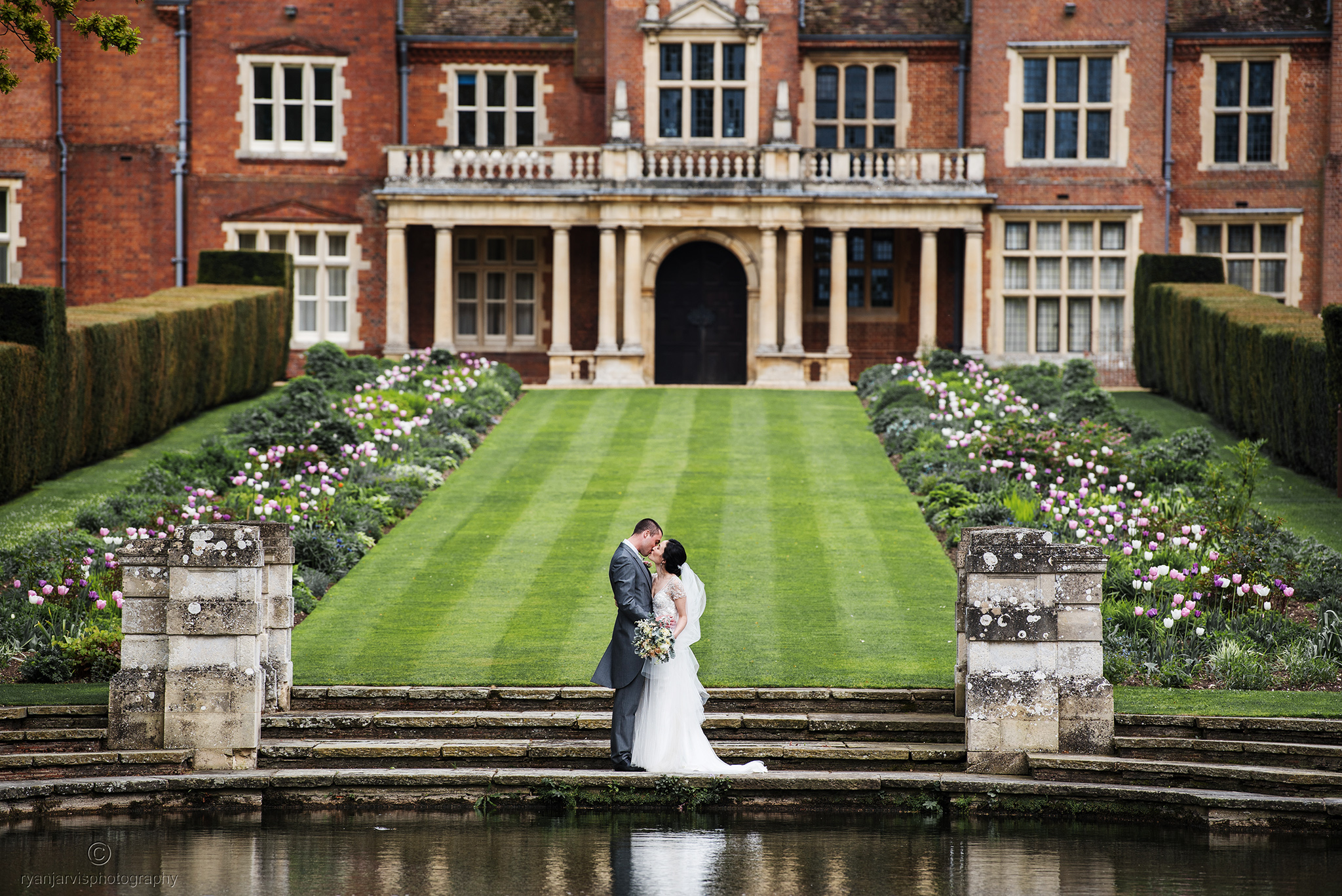 Cambridge wedding photographer